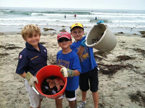Beach cleanup apr